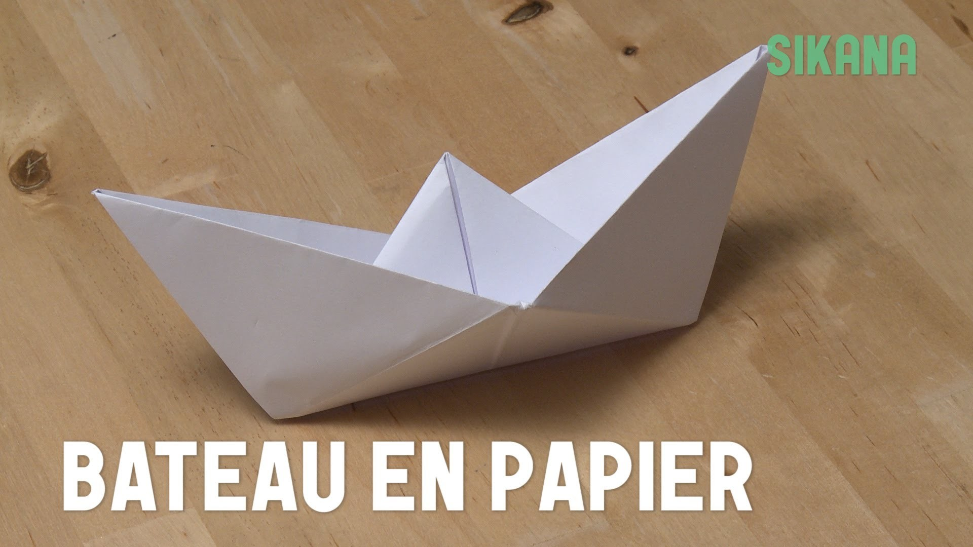 Origami : Bateau en papier - HD