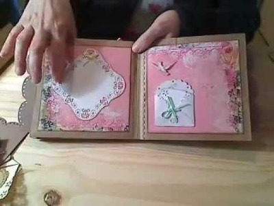Mini-album scrapbooking en sac en papier: