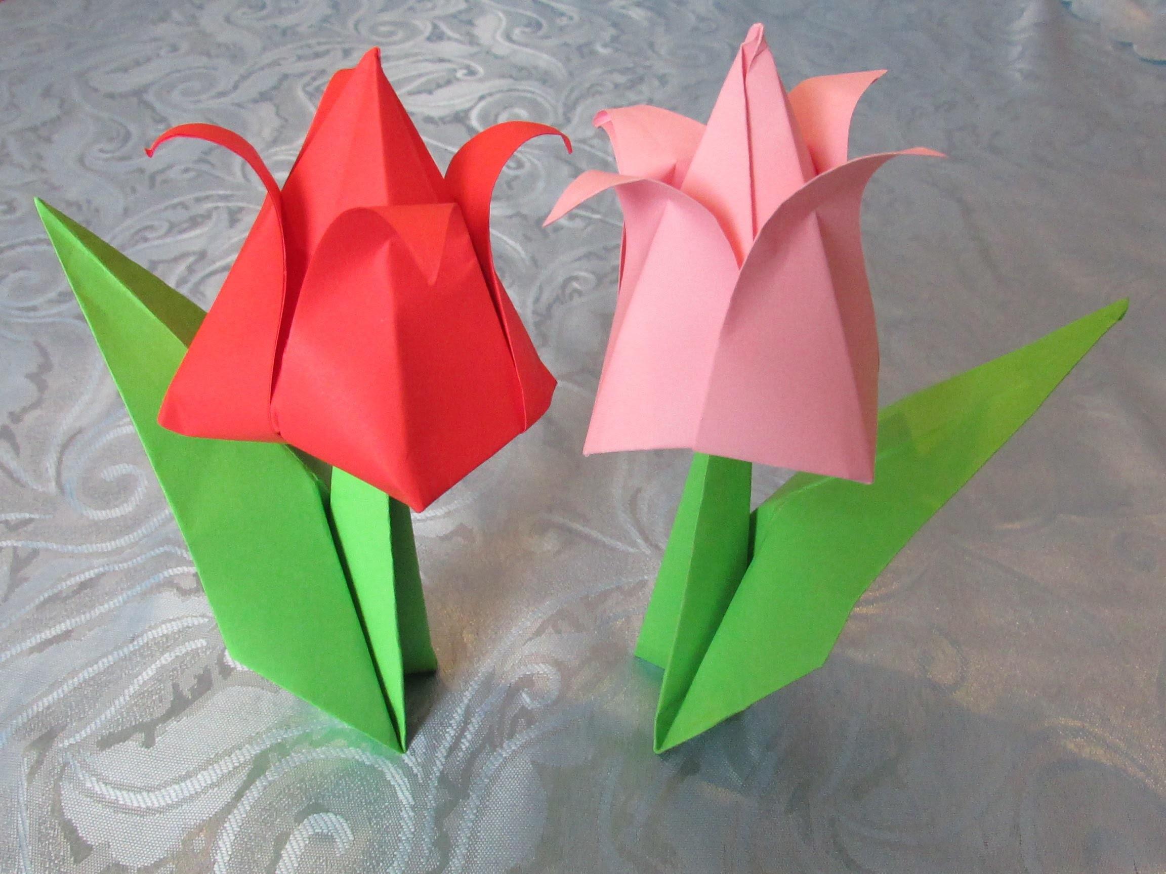 ORIGAMI : La tige avec une feuille pour une tulipe