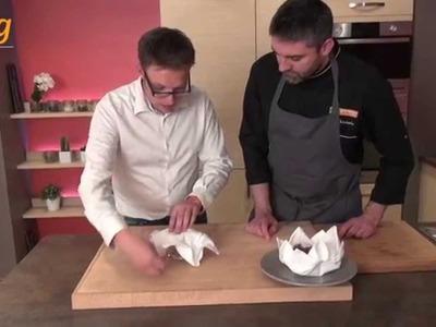Pliage de serviette en forme de nénuphar - 750 Grammes