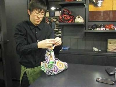 Furoshiki - comment faire un sac à main avec un carré de tissu