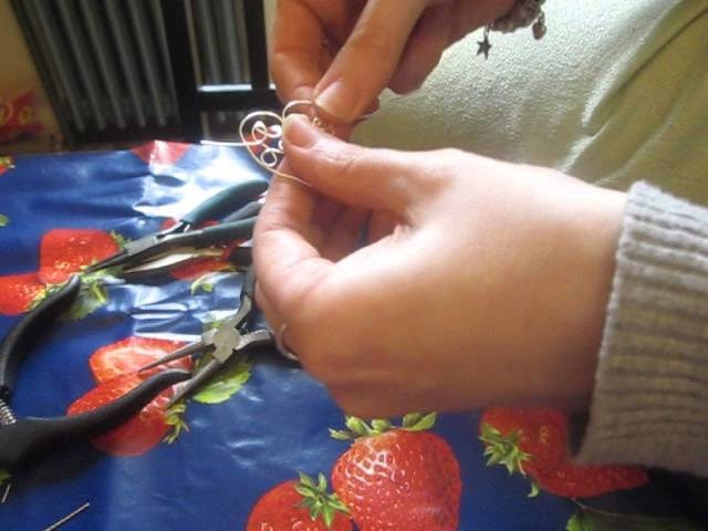 Comment réaliser un coeur pour bijou.how to make a heart with jewelry wire?