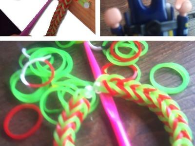 Faire un bracelet élastique rainbow, sans loom, sans les doigts, dès 5 ans