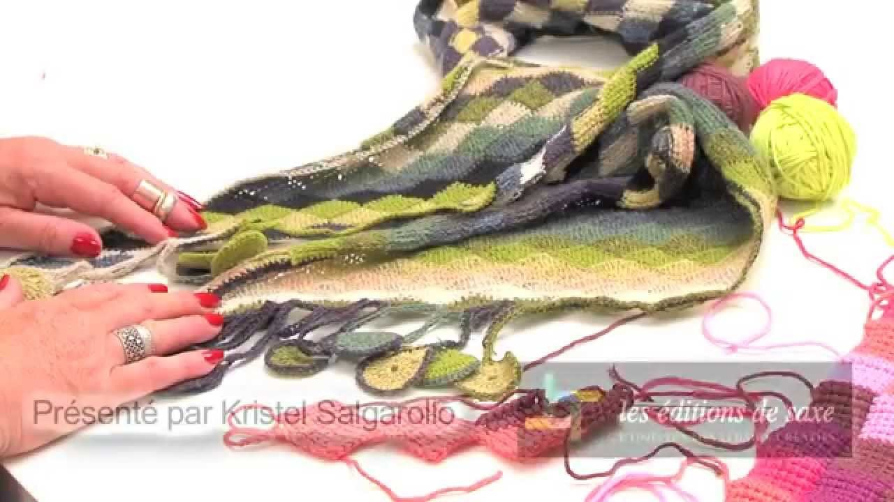 Crochet tunisien : assembler des lignes de carrés de 2 couleurs - L'atelier Edisaxe