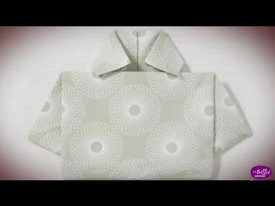 Pliage de la serviette en forme de chemise
