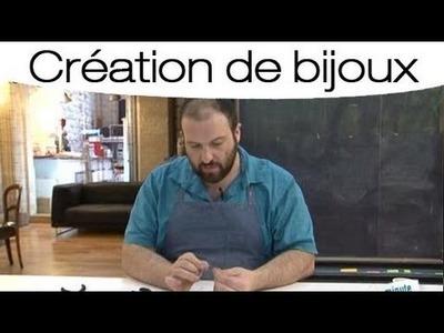 La technique de réalisation d'un collier en cuir