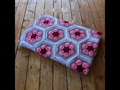 Couverture bebe crochet fleur africaine. baby blanket african flowers