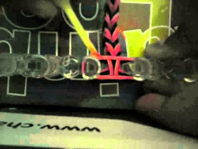 { Niveau débutant } Bracelet tressé Rainbow Loom®