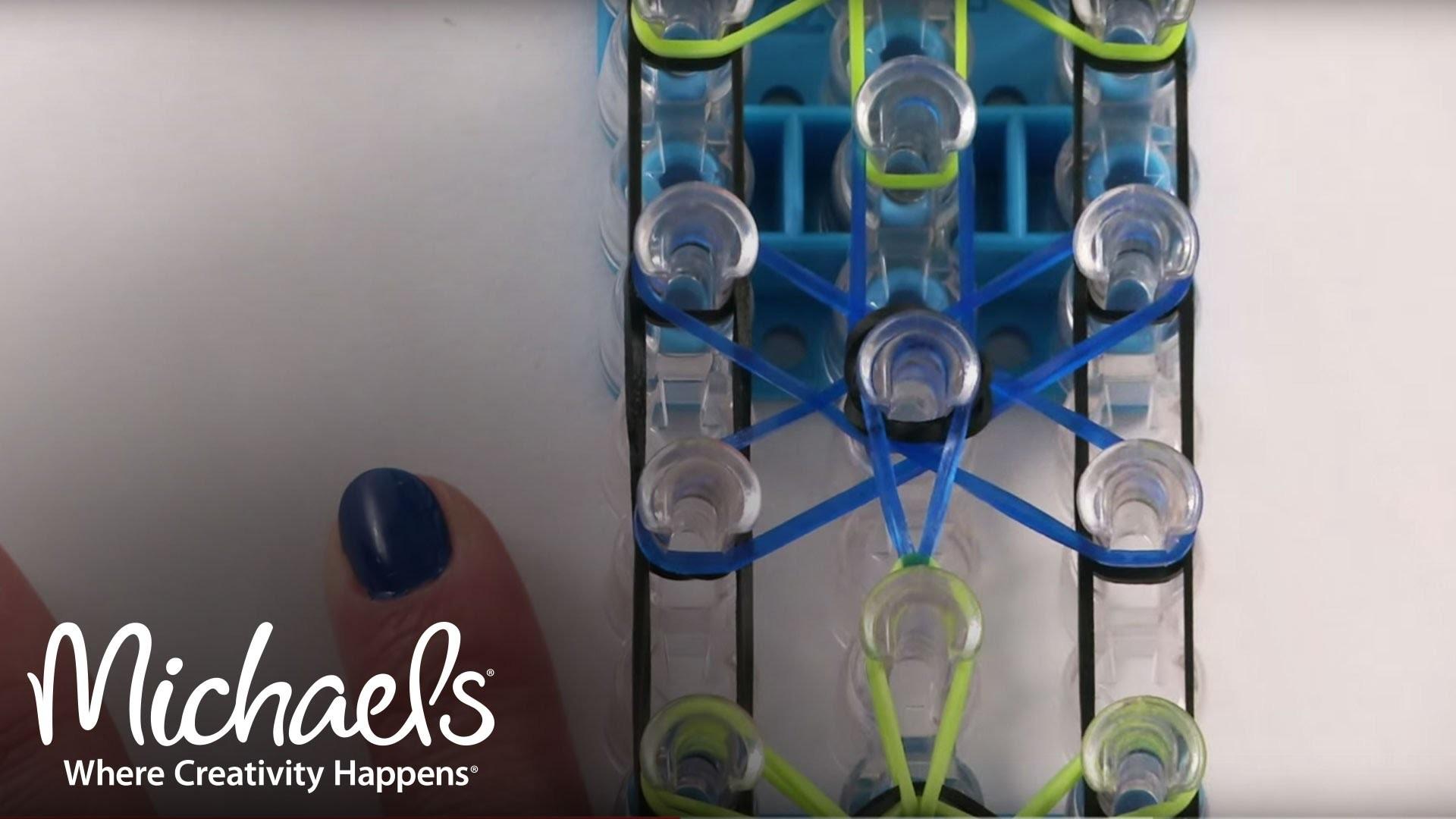 Comment faire un bracelet à motif en forme d'étoile | Métier Rainbow Loom | Michaels