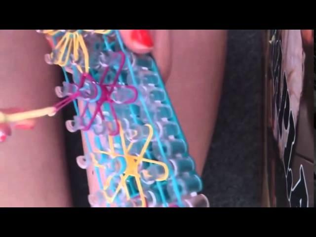 Bracelet élastique - fleurs en rainbow loom