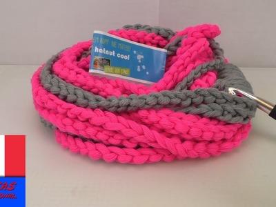 Echarpe pour débutante au crochet. Echarpe en mailles de chaîne. Original et facile