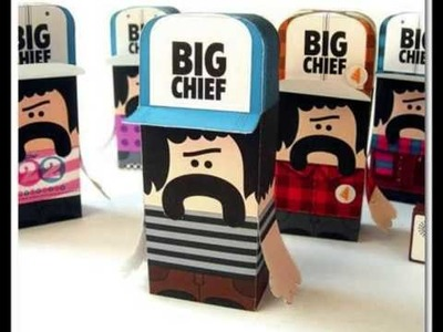 GraphToyz: artoys and paper toys