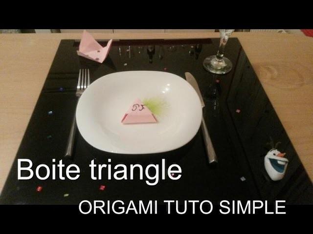 Origami boite en triangle. pour noel placement de table ou boite à bijoux
