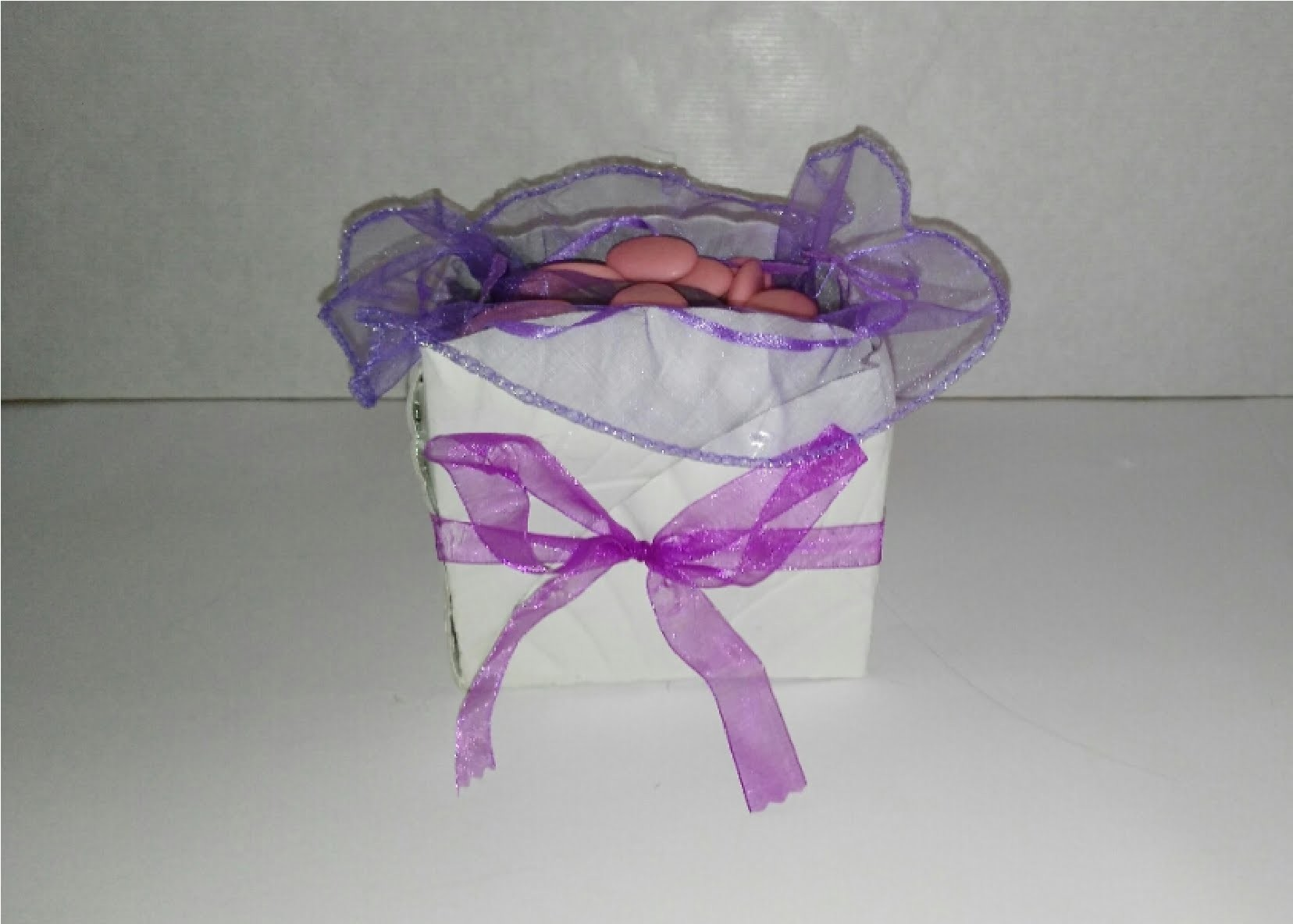 Como hacer caja con plato de carton desechable manualidades tutorial DIY