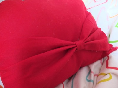 ♡ { D.I.Y.} - Le mini coussin-noeud sans couture !. No-Sew Bow pillow !