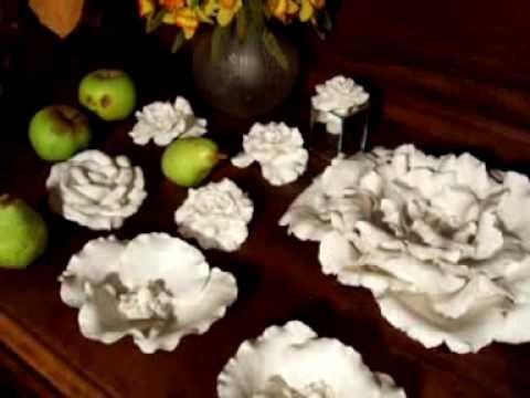 Roses en porcelaine http:.maegerlin.blogspot.com.