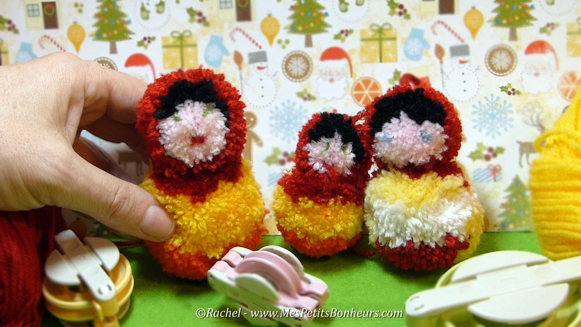 DIY Matriochka en pompons - Tutoriel  d'une poupée russe en laine