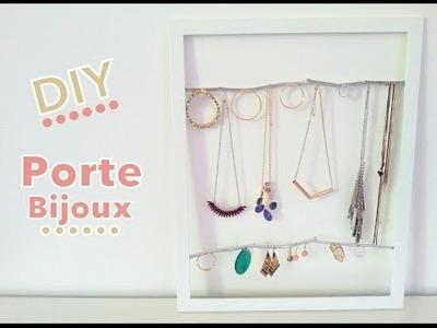 DIY Porte bijoux avec cadre photo et branches d'arbre
