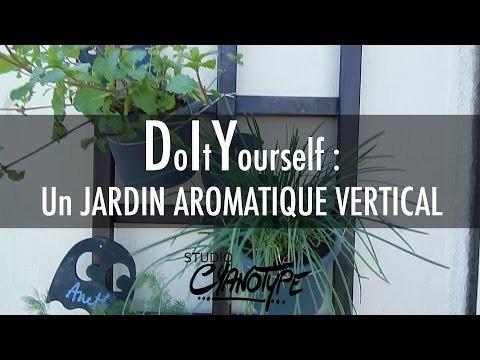 Tuto DIY : un jardin d'herbes aromatique pour balcon  | Studio Cyanotype