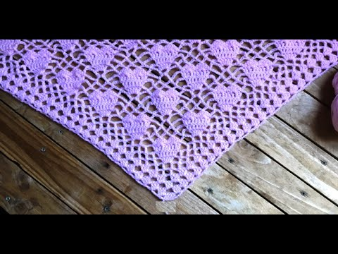 Crochet : Châle cœur crochet. chal tejido a crochet con motivos de corazones