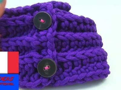 Crocheter soi-même une écharpe avec des boutons. Laine épaisse pour hiver. Facile et rapide