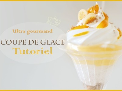 Coupes de glaces en polymère. Ice creams banana caramel clay