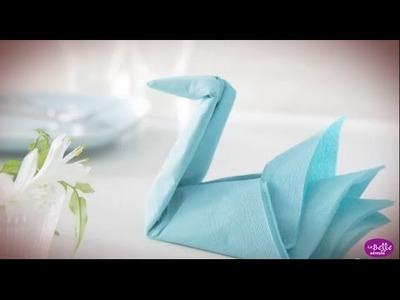 Pliage de serviette en papier - Le cygne - Labelleadresse.com