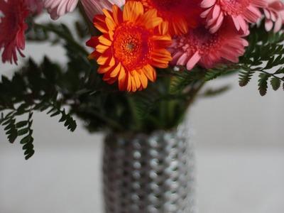 Pull tab vase tutorial - Vase en languettes de canette