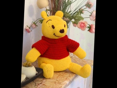 Crocheted Winnie by La Ronde des Crochets