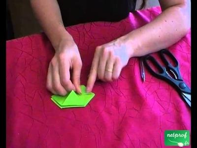 Fabrication d'un trèfle à 4 feuilles suivant l'art de l'origami