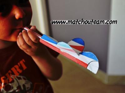 Bricolage enfant : avion papier et paille