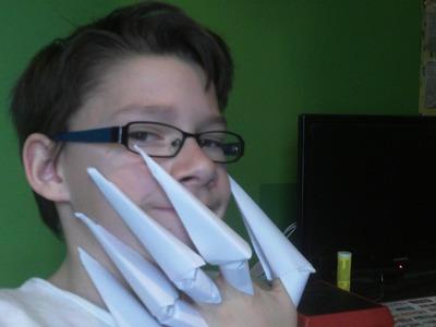Comment faire des griffes en origami ? rd et fp