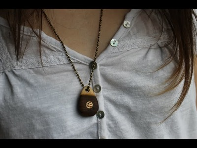Comment faire un pendentif en bois.making wooden Necklace