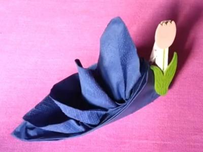 Plier une serviette en bateau à voile - Apprendre à plier une serviette pour décoration