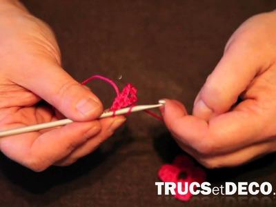 Fleur en crochet - Tutoriel par trucsetdeco.com