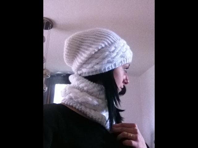Snood a torsade au tricot. cuello en dos agujas. knit snood