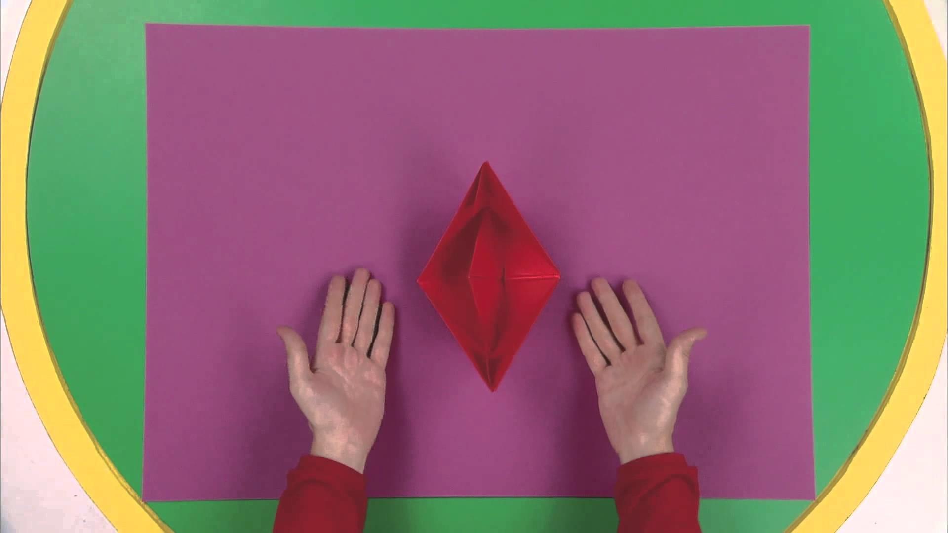 Art attack - Origami étoile - Sur Disney Junior - VF