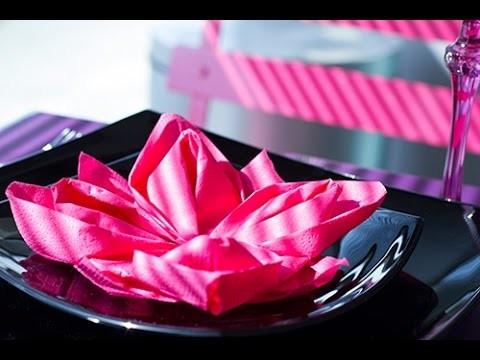 pliage de serviette facile fleur de lotus origami. Black Bedroom Furniture Sets. Home Design Ideas