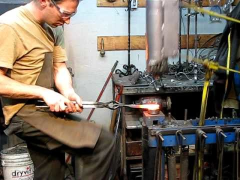 LA VIEILLE FORGE DE DUDSWELL (Estrie - Québec - Canada) Conception de fer forgé sur mesure