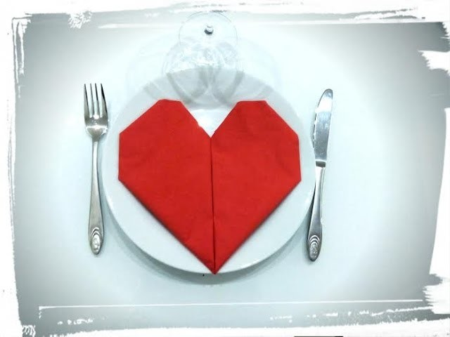 Tuto pliage serviette coeur origami deco de table saint valentin - Pliage serviette ourson ...