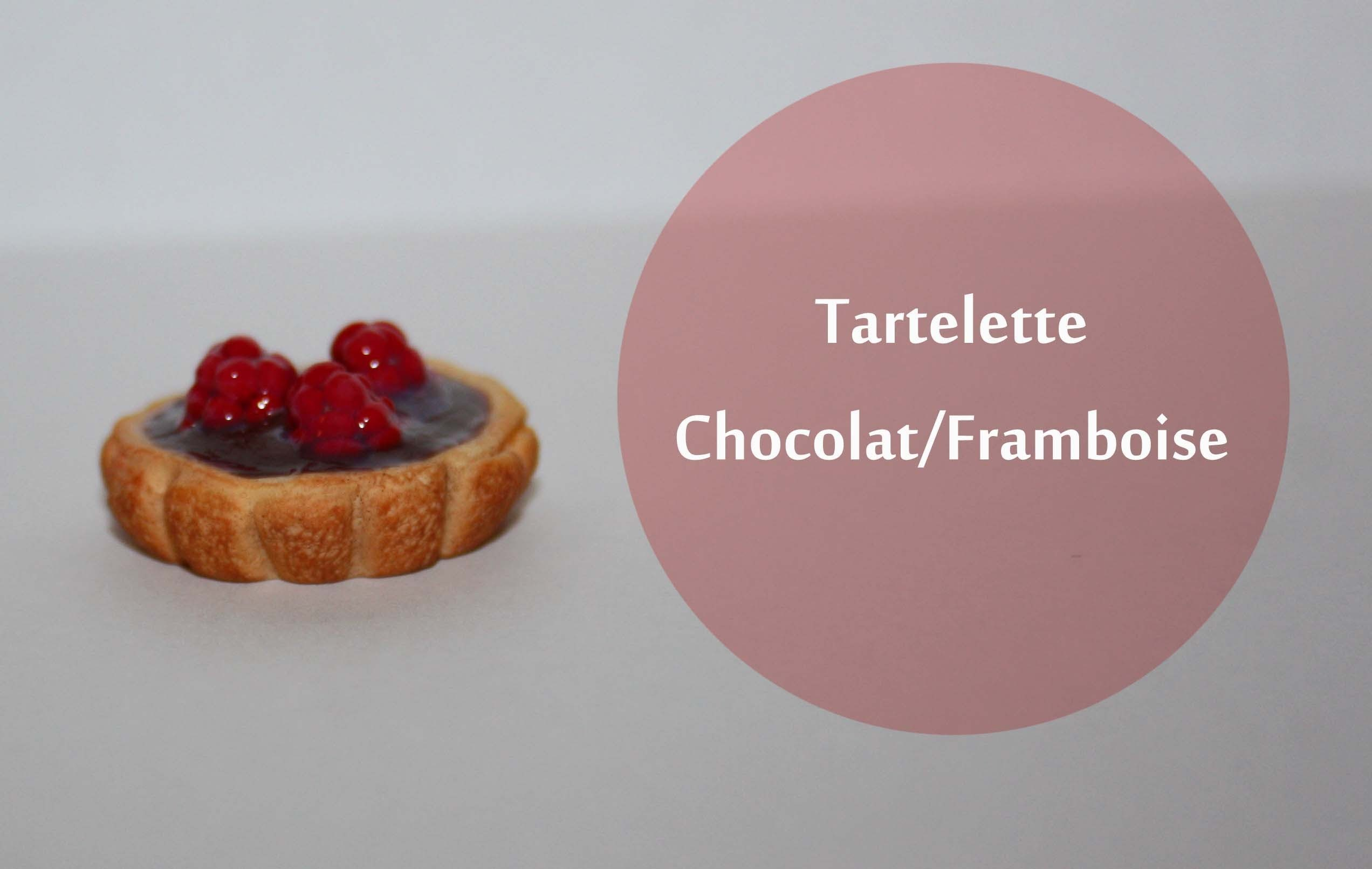 Tartelette Chocolat Framboise. chocolate raspberry tart in polymer clay