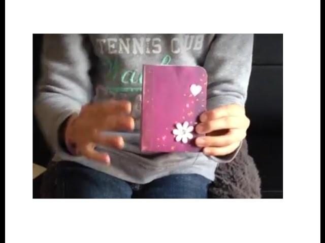 Tuto mini album avec une feuille scrap et tablette rainurage en français