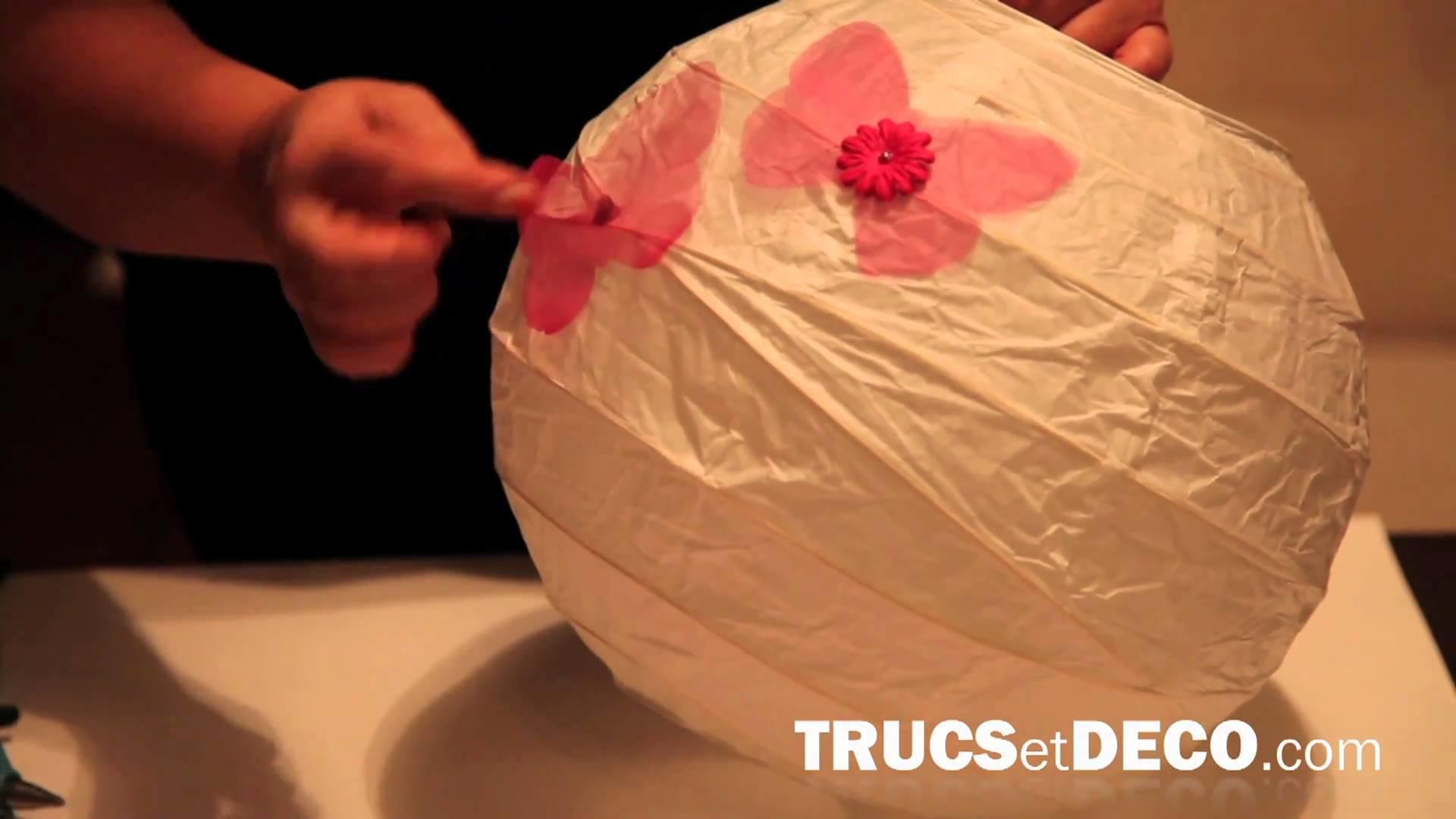 Décoration de lampe japonaise en papier - Tutoriel par trucsetdeco.com