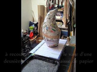 Création d'un vase en papier maché par vabéo.