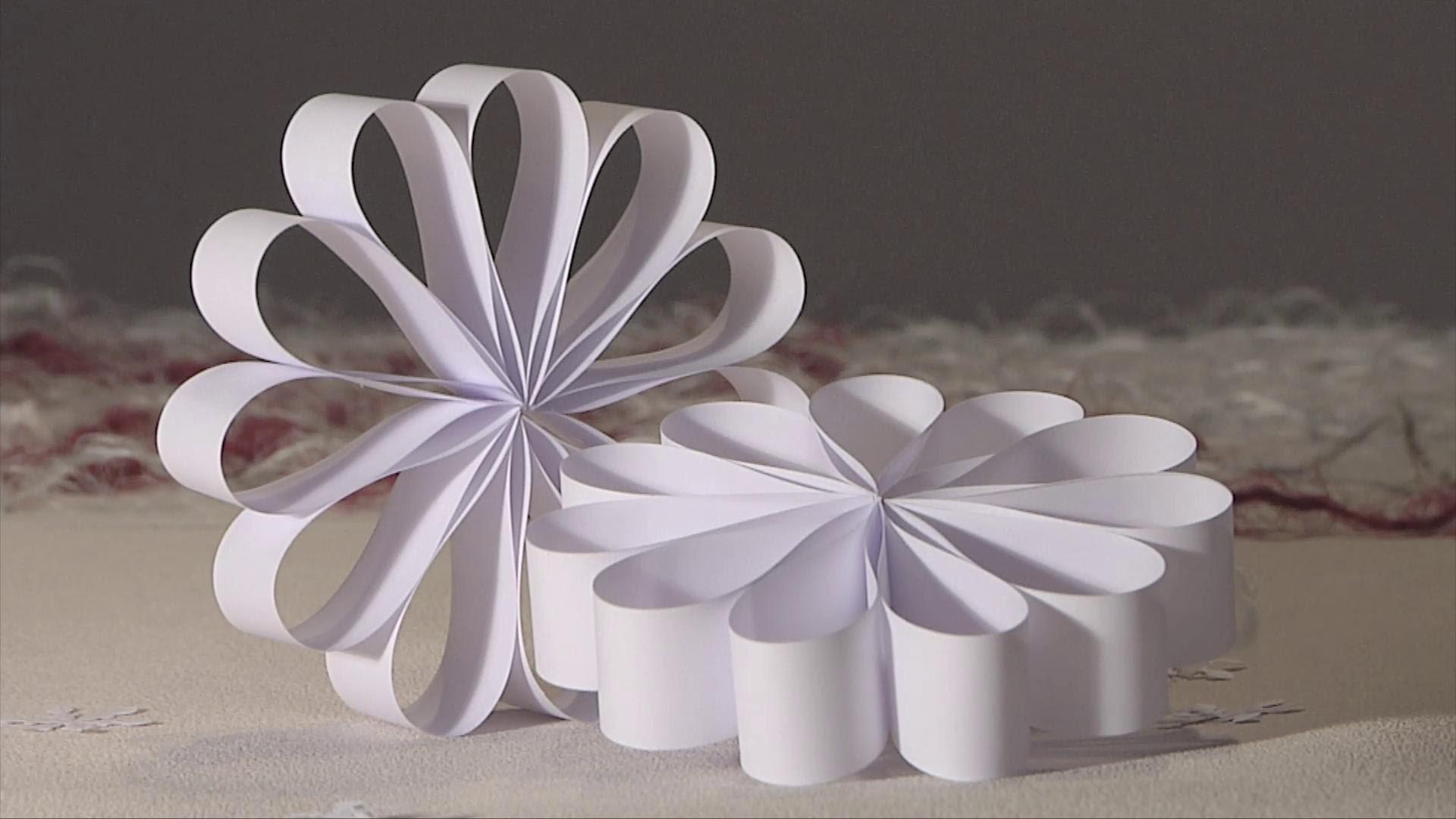 Noel deco !! Christmas decoration !! rosace boucle papier diy