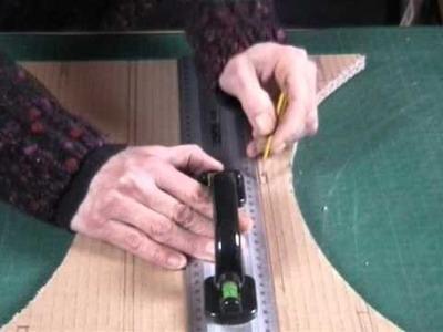 Video Créer son tabouret en carton avec clemsoucarton Volet 1 Partie I.wmv