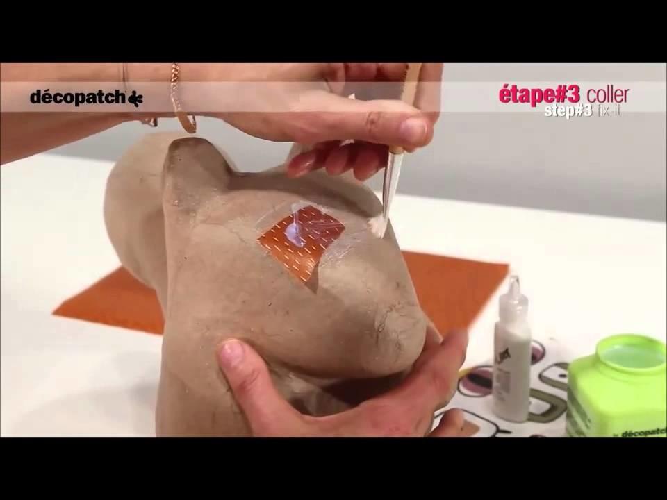 Technique du Décopatch sur un écureuil en papier mâché