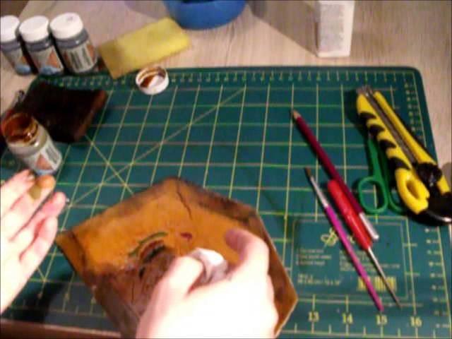 Travail du cuir le bracelet de force.wmv