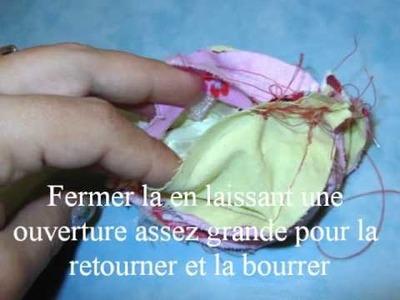 Tuto balle en tissu et ruban avec grelot et papier bruissant.wmv