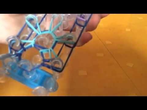 Comment faire un bracelet en étoile (en élastiques)
